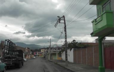 (Video) Empresa eléctrica pide a ciudadanos informar sobre problemas en postes