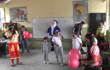 (Video) Policía Nacional agasajó a niños de escuelas rurales