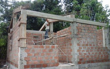 (Video) MIDUVI ejecuta 7 proyectos de vivienda en la provincia de Loja
