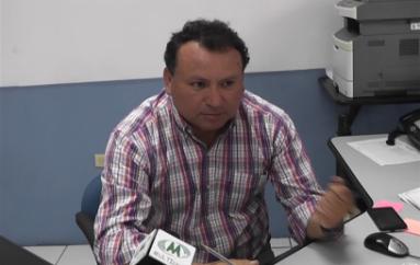 (Video) EERSSA reemplazará poste en mal estado en el centro de la ciudad