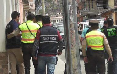 (Video) Autoridades realizaron operativo en local de venta y reparación de celulares.