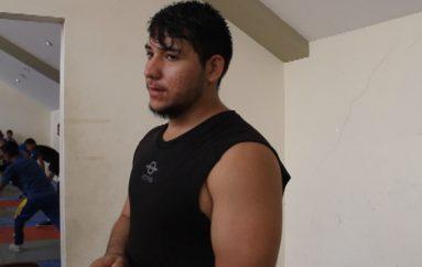 (Video) Alejandro Bravo forma parte de la selección de lucha olímpica del Ecuador.