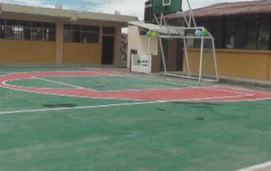 (Video) Escuela Alfonso Coronel cuenta con nuevo espacio deportivo