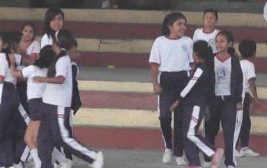 (Video) Padres de familia impulsan mejoras en Unidad Educativa Gabriela Mistral