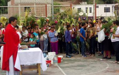 (Video) En el Barrio Nueva Esperanza se llevó a cabo la Bendición de Ramos.