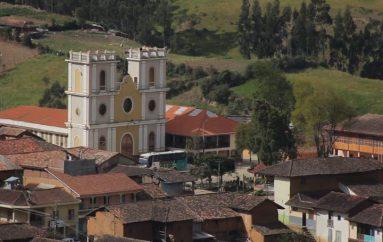 (Video)  Chuquiribamba se apresta a celebrar un año más de vida política.