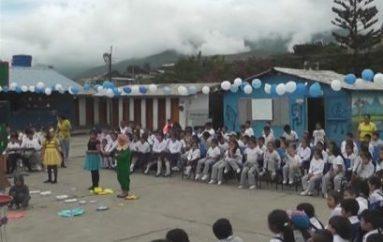 (Video) Estudiantes y docentes participaron en Fiesta de la lectura efectuada en institución