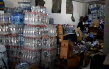 (Video)  Voluntarias del Patronato de Amparo Social Municipal, preparan los kits que serán enviados a los damnificados peruanos afectados por las lluvias.