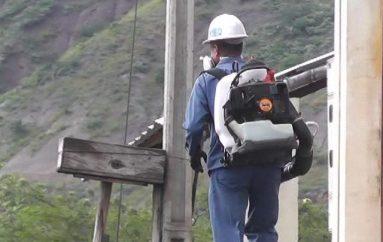(Video) Fuerzas Armadas conjuntamente con Ministerio de Salud realizan fumigación intradomiciliar.