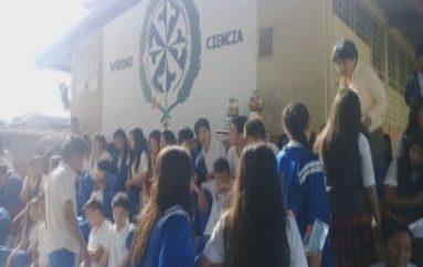 (Video) Estudiantes de Unidad Educativa realizaron exposición de varias asignaturas