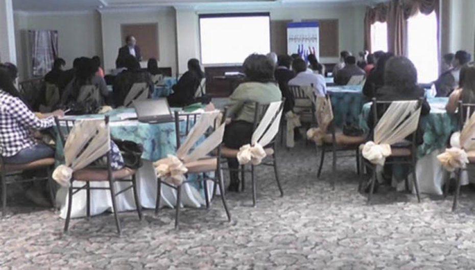 (Video) Corporación Participación Ciudadana dictó en Loja taller de capacitación.