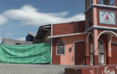 (Video) Área de los baños de la Capilla del Divino Niño de Tambara presentan un 85% de avance.