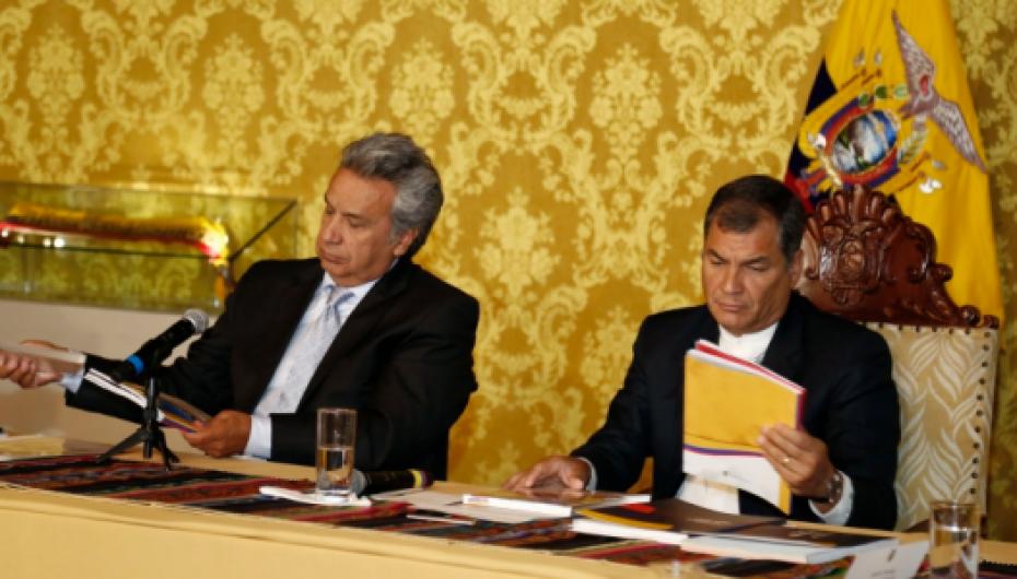 A Lenín Moreno le toca pagar 'consumo' de una mesa que no estaba 'servida'