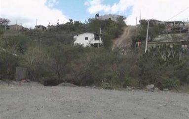 (Video) Moradores del sector Divino Niño piden construcción de puente en quebrada seca