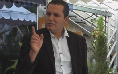 """(Video) Oswaldo Román: """"La gente debe dar apertura a nuevos políticos, los de siempre lo que pudieron haber hecho ya lo hicieron"""""""