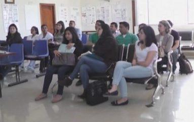 (Video) Distrito 11D-02 de salud capacita a médicos que cumplirán año rural