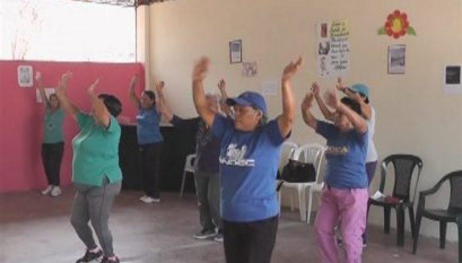 (Video) Cada vez hay más asistentes en programa de bailoterapia en Catamayo.