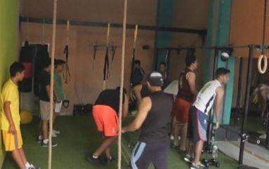 (Video) Cada vez más personas optan por asistir a centros de entrenamiento físico