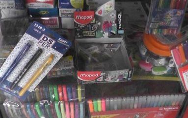 (Video) Varios productos escolares han conservado su precio en relación al año anterior.