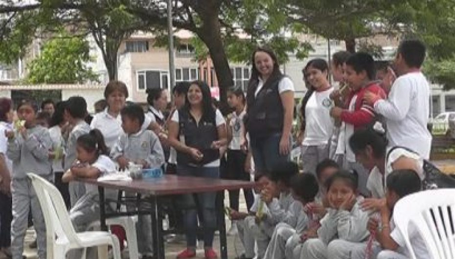 """(Video) Instituciones participaron de concurso """"Trabajar sin máscaras, emplear sin barreras"""""""