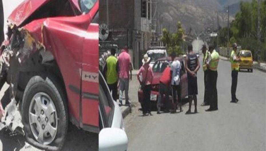 (Video) Una persona resultó herida en un choque entre dos vehículos en Catamayo