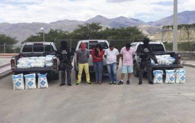 (Video) Grupo GEMA incautó dos toneladas de precursor químico para procesar droga, hay cuatro detenidos