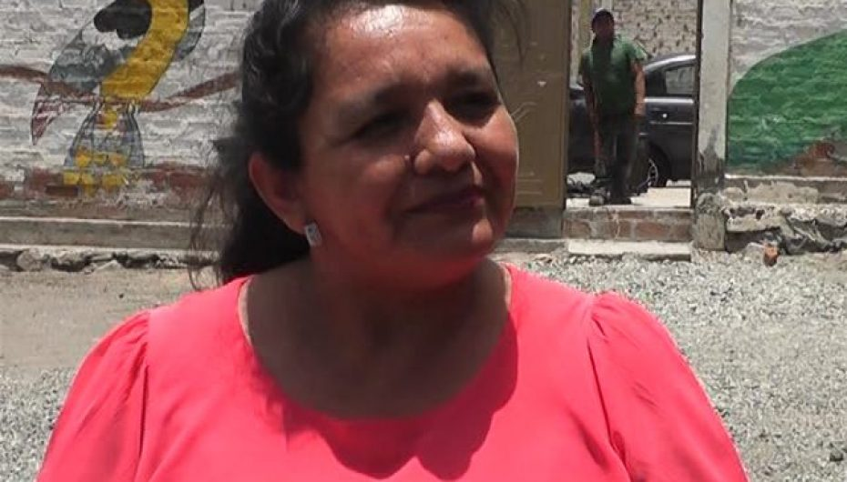 """(Video) """"Cáritas"""" parroquial de Catamayo impulsa cursos para mujeres en corte y confección."""
