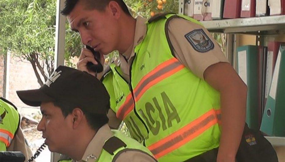 (Video) Jefe del Distrito dos de la Policía Nacional se refiere al caso de una presunta estafa.