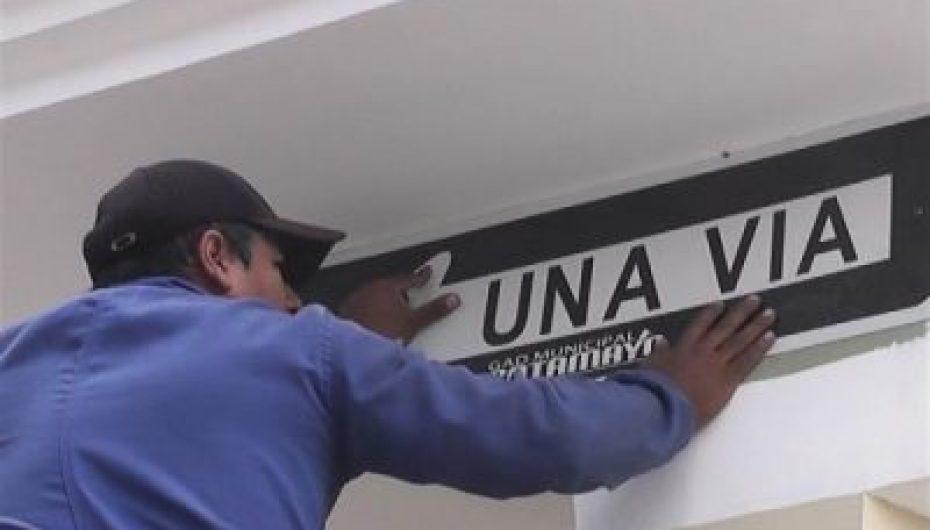(Video) La calle 1 de Mayo desde hoy será unidireccional.