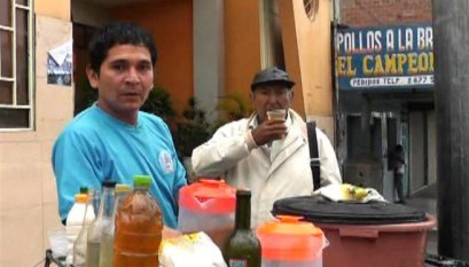 (Video) Asociación de vendedores ambulantes El Tingo tiene nueva directiva