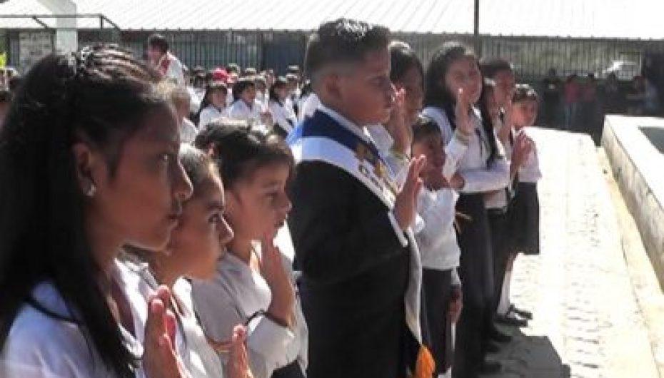 (Video) Escuela Luis Alfredo Samaniego posesionó a nuevo Gobierno Estudiantil