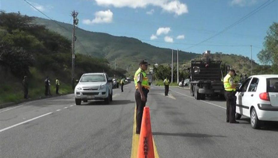 (Video) Importantes resultados en los operativos de control del trasporte informal e ilegal en Catamayo.