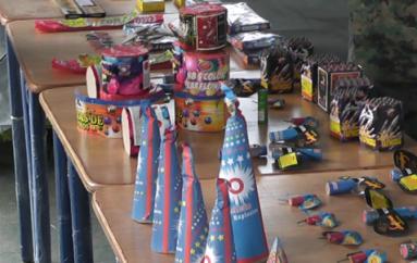 (Video) Feria de Seguridad sobre el uso correcto de los fuegos pirotécnicos se realizó en Catamayo.