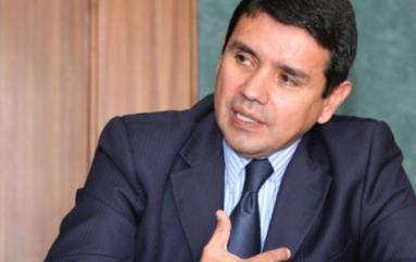 Juez dicta prisión preventiva por peculado contra Walter Solís, exsecretario del Agua