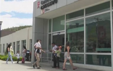 (Video) Usuarios reclaman por atención en el centro de Salud tipo C de Catamayo