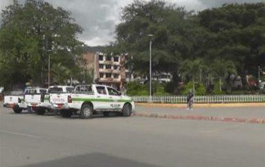 (Video) Transporte informal persiste en Catamayo, conductores organizados piden mayores acciones