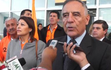 (Video) Autoridades del partido Izquierda Democrática opinan respecto al referéndum y consulta popular.