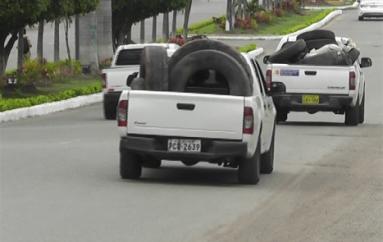(Video) Minga de eliminación de criaderos de ventores se realizó en Catamayo.