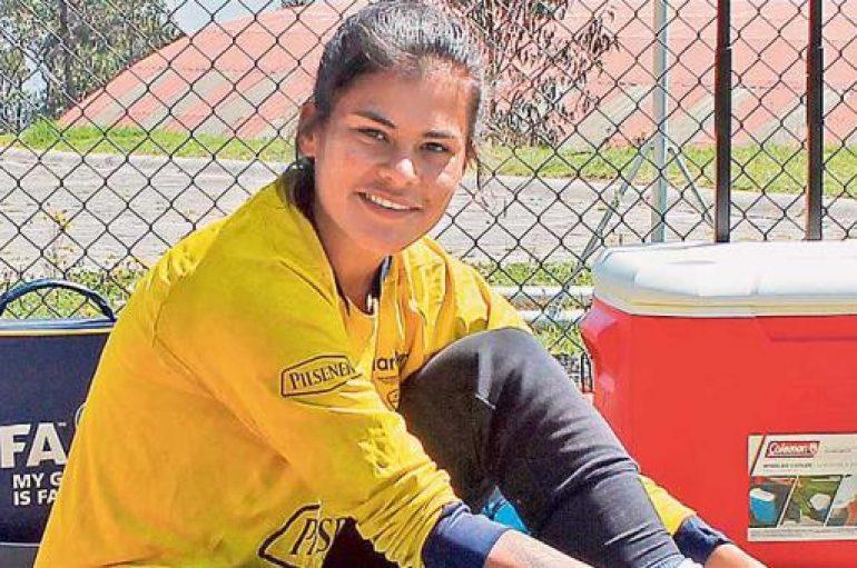 Andrea Vera: 'Un compromiso con el fútbol femenino'