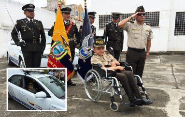 (Video) Policía Nacional cumplió sueño de menor con hidrocefalia, vestir el uniforme de la institución