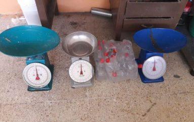 (Video) Tres balanzas y varios productos fueron decomisados por la Comisaría Nacional en el mercado central.