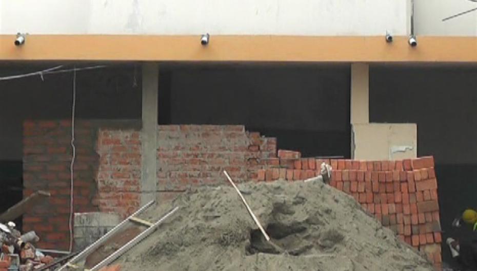 (Video) Trabajos de mejoramiento se realizan en el mercado central de Catamayo.