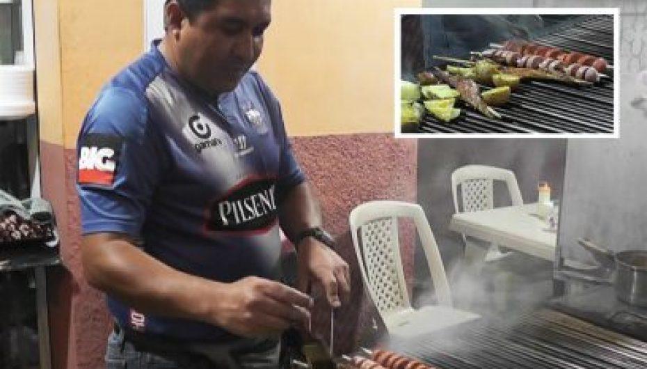 (Video) Los tradicionales asaditos en Catamayo, de la manos de Juan Carlos Sánchez