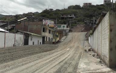 (Video) Presidenta de Los Almendros pide agilidad en trabajos de mejoramiento de calles