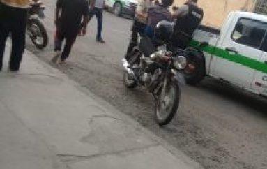 (Video) Policía Nacional detiene a sujeto que robó con un cuchillo el celular de ciudadano