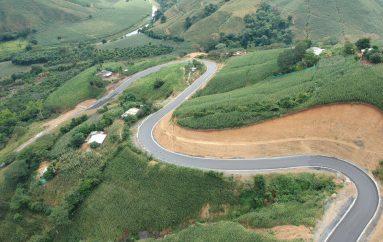 (Video) Vía Pindal – Milagros – Paletillas fue inaugurada por el Gobierno Provincia de Loja