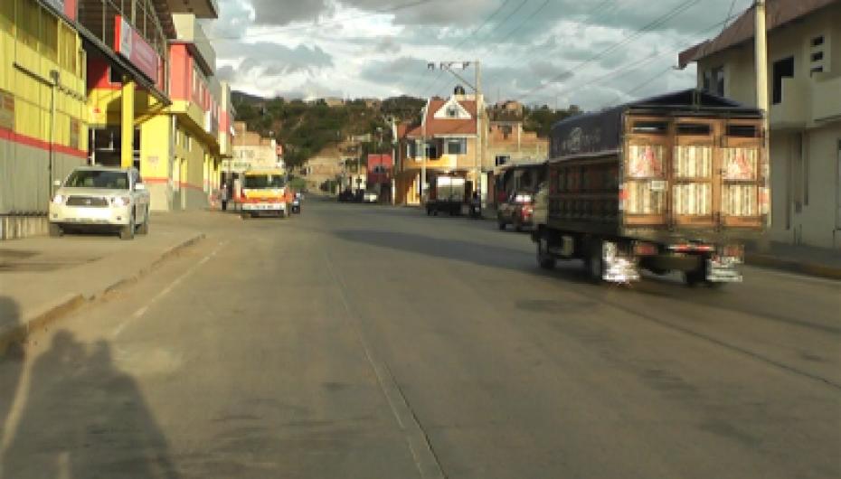"""(Video) Vicente Pontón """"Deben volverse a colocar las señales de tránsito en la Av. Eliseo Arias Carrión"""""""
