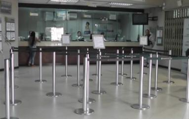 """(Video) Banco de Loja Agencia Catamayo impulsa campaña denominada """"Ahorro Regalón""""."""
