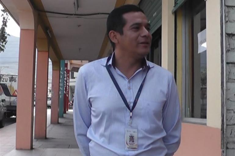 (Video) En un 90% se encuentran los trabajos de reparación de la vía Intervalles según Teniente político.