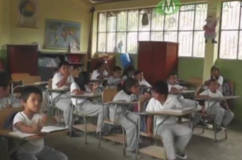 (Video) 13 estudiantes se educaron este año lectivo 2017-2018 en la Escuela Río Palora